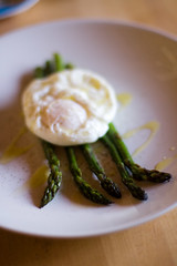 poached egg on asparagus