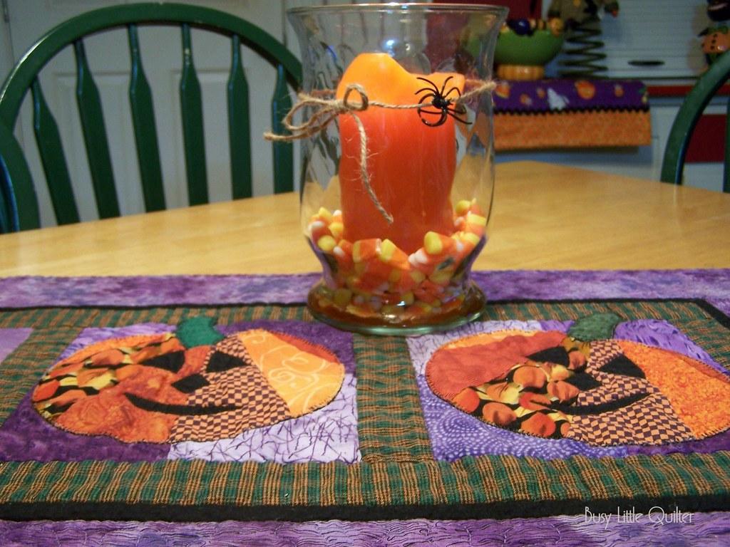 Halloween Talbescape Idea