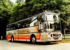 B238 VBH Volvo B10M-61 Van Hool Sworder, Walkern. (miledorcha) Tags: bus volvo coach executive psv pcv vanhool herts alizee b10m walkern luxurytravel sworders sworder b10m61 b238vbh