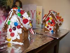Q3's 2 houses