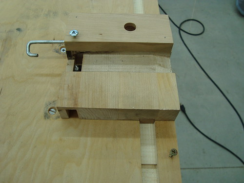 Piano key top notch cutting jig