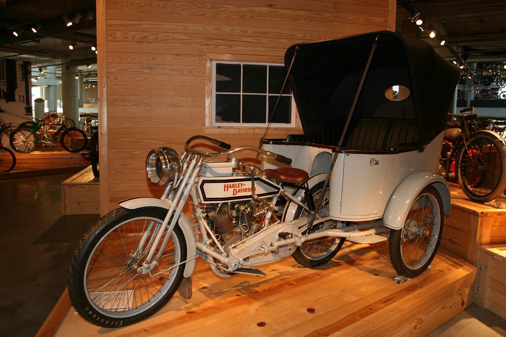 1915 Harley Davidson/Cygnet