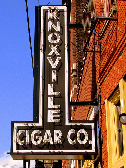 Knoxville Cigar Co. neon sign