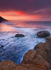 Mill Creek Beach Sunrise - Big Sur, CA (Jeff Swanson -- www.interfacingnature.com) Tags: sunrise bigsur pacificocean millcreek lospadresnationalforest greatphotographers nikond200 sigma1020mmf456exdchsm graduatedneutraldensityfilter hoyahdcircularpolarizer