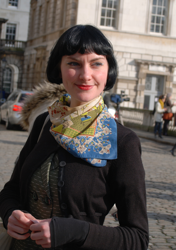 vintage_scarf_lfw_covent_garden