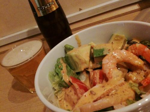 #hirusake リナカフェのコブサラダとプレミアムモルツ!