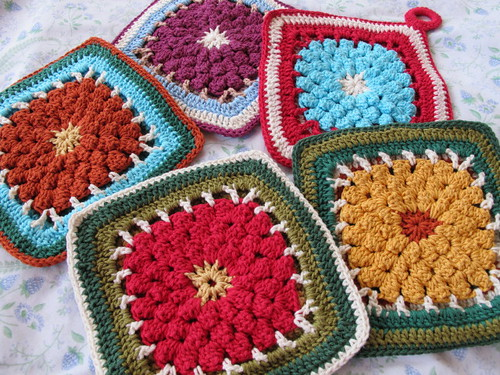 Dahlia Block front of the potholders