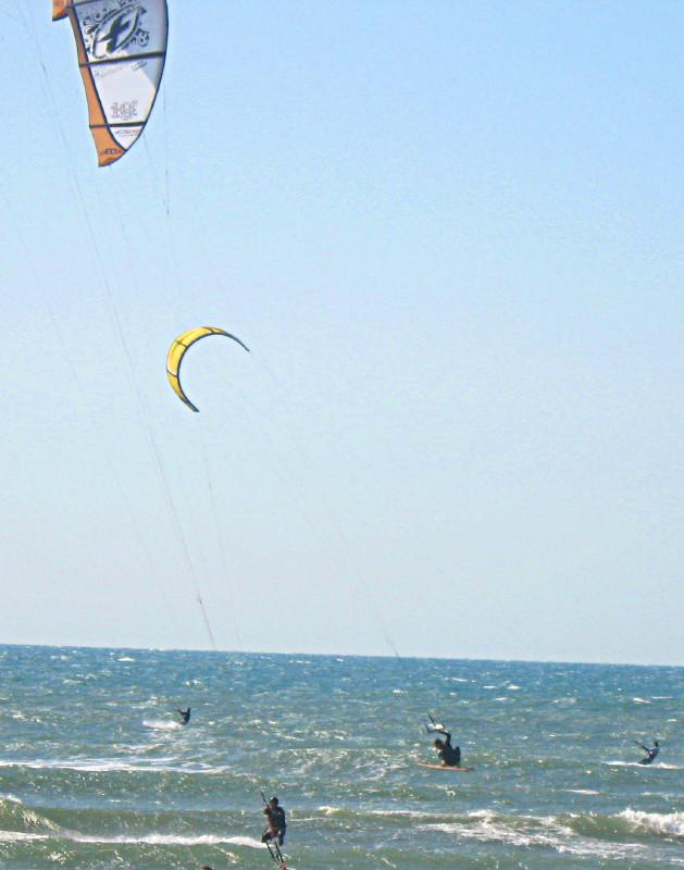 20-3-2010-kitesurfing2