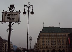Pariser Platz (mattappleby) Tags: christmas winter signs berlin germany deutschland hotel streetlight gate platz tor adlon pariser weihnachts underdenlinden brandernberg