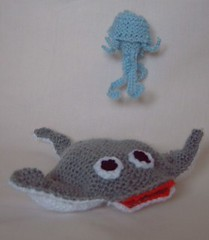 Manta Ray & Jelly fish (Impression-Knits) Tags: food fish dogs knitting hats icecream knitted novelties8