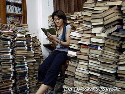 Super bookworm