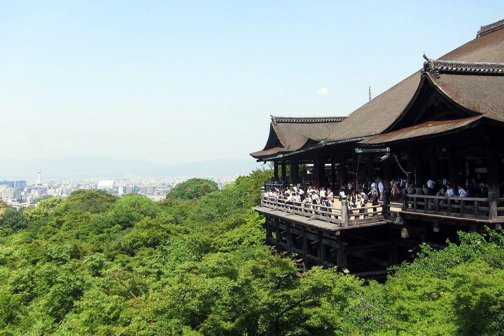 Kyoto - Higashiyama: Kiyomizudera - Butai