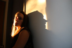 Cyrano de Bergerac. (MisteridiAngeli - Emme Effe) Tags: shadow sun girl gold ombra io francesca sole oro