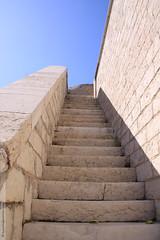 le fort Ganteaume à Marseille (Dominique Lenoir) Tags: france stairs photo marseille foto provence fotografia escaliers fotografía southfrance bouchesdurhône provencealpescôtedazur 13007 fortsaintnicolas fortstnicolas fortganteaume dominiquelenoir