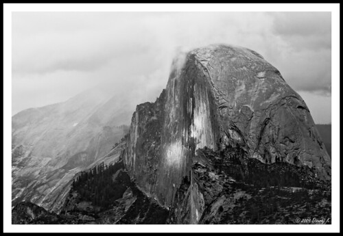 Photo of the Day: Yosemite Half Dome from Dinuraj K.