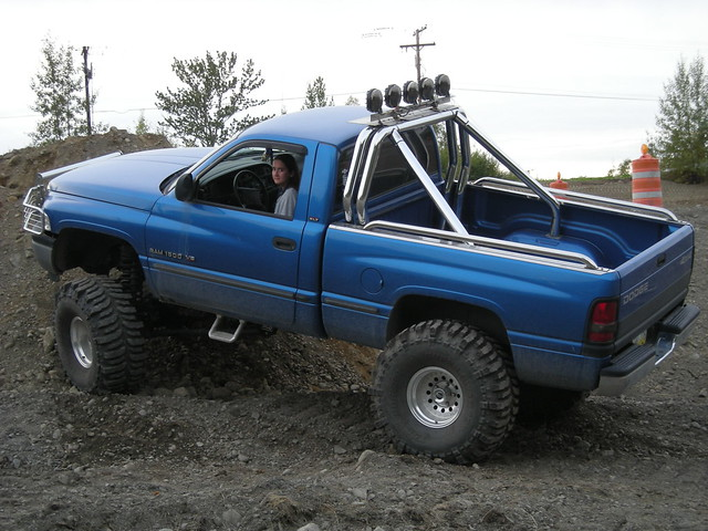 blue monster truck lift pickup 1999 99 dodge ram 1500 lifted