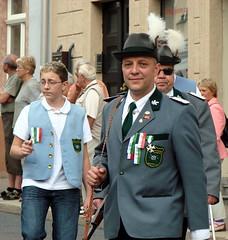 Festumzug 2009-098 (Suppenländer) Tags: zschopau schlos schützenfest umzug festumzug erzgebirge parade costume