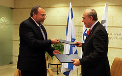 FM Liberman signs agreement with OECD Secretar...