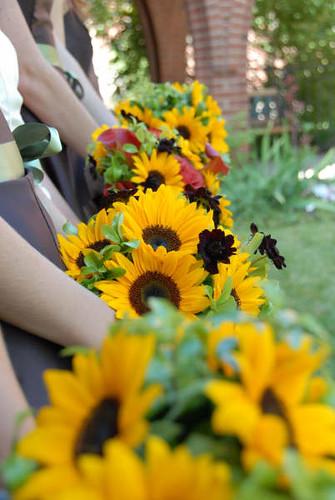 denver florist flower delivery denver florist altar flowers for wedding. Black Bedroom Furniture Sets. Home Design Ideas