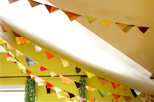 how to make a ridiculously long silk dupioni bunting