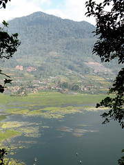 Lake Buyan, Bali (twiga_swala) Tags: bali lake mountains indonesia view central danu danau buyan gobleg asah