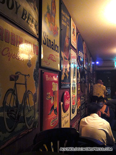 Mr Punch Restaurant and Wine Bar - interior