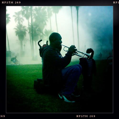 trumpet_player_venice_2010.jpg