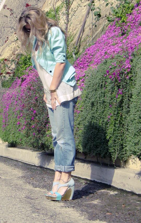jeans blazer wedges purple flowers seafoam and gold vintage