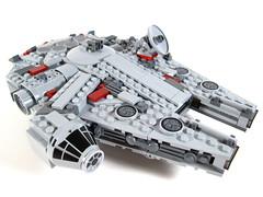 Midi-scale Millennium Falcon cockpit (WEBmikey) Tags: toys starwars lego