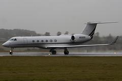N516QS - 658 - Netjets - Gulfstream V - Luton - 091103 - Steven Gray - IMG_3358