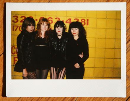 Dum Dum Girls / Los Angeles / 28. November 2009