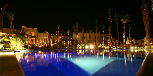 Port Ghalib - The Palace poolside