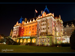 The Empress Hotel [exp blend] (josefrancisco.salgado) Tags: ca canada architecture hotel arquitectura nikon britishcolumbia victoria vancouverisland nikkor bracketing 3xp exposureblending governmentstreet theempresshotel photomatixpro exposureblend thefairmontempress d700 2470mmf28g