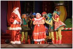 Onde est Duresval (Rosa Chedid) Tags: natal teatro papainoel cenrio roupas paranagu atores duendes espetculo mamenoel fbricadesonhosdopapainoel