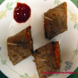 Anna's Veggie Stuffed Ragi Wraps