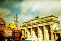 IMAGE0028_26A (putyourphazzersonstun) Tags: summer berlin holga135 lomographic100isofilm