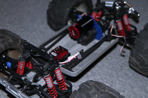 Brushless 3905 Emaxx Project truck  IMG_2810