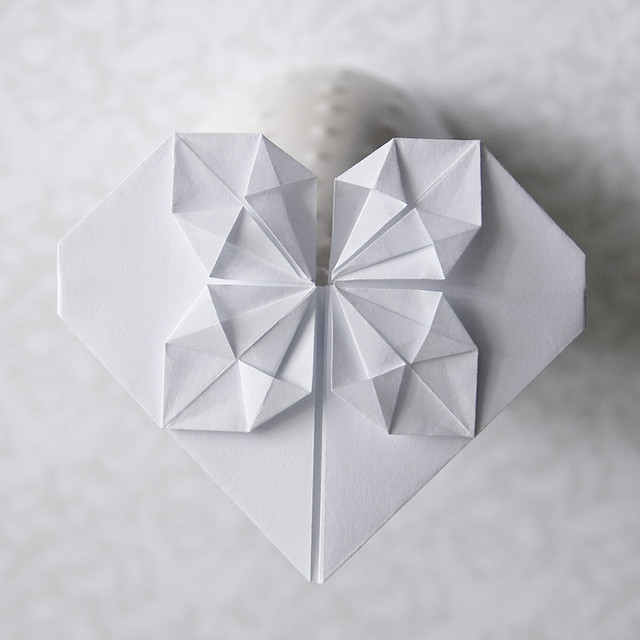 SIMPLE HEART ORIGAMI
