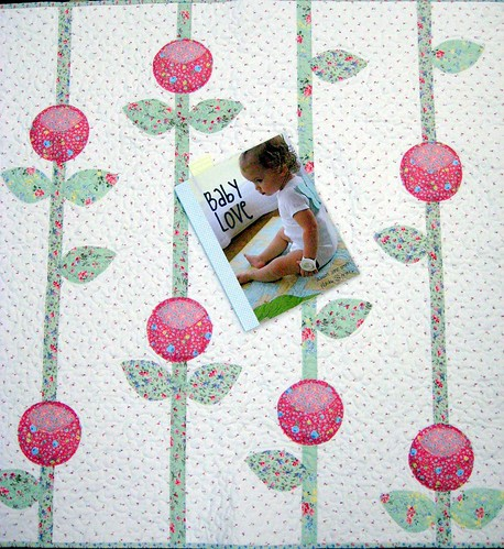rosebuds baby quilt