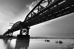 The 'Great' crossing (Neerod [ www.shahnewazkarim.com ]) Tags: ishwardi gettyimagesbangladeshq2