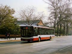 [Buses in Beijing]青年尼奥普兰 Youngman Neoplan JNP6120G-1 (2nd batch) 北京公交集团 BPT #33516 Front-left at Liangguochang (tonyluan1990) Tags: china beijing 北京 中国 autobus citybus neoplan 公交车 lowfloor dieselbus 北京公交 centroliner beijingpublictransportholdingsltd accessiblebus 北京公共交通控股(集团)有限公司 无障碍公交车 youngmanneoplan beijingpublictransport jnp6120g1 柴尼