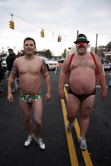 Santa Speedo Sprint (Chicago_Tim) Tags: bear santa christmas charity shirtless holiday ny newyork hat race costume funny guys run albany wtf speedo suspenders sprint asap larkstreet santaspeedosprint albanysantaspeedosprint albanysociety speedosprint