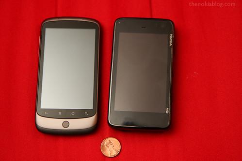 Фото сравнения google nexus one и nokia n900