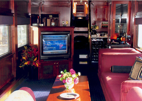 Private Rail Car - Warren R Henry lounge