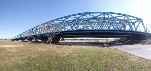 東京メトロ千代田線鉄橋