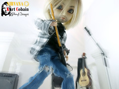 Kurt Cobain_Nirvana_Sesion11_02 (Sheryl Designs) Tags: new blue musician music white black color eye face yellow rock hair real design carved outfit eyes doll acrylic dolls eyelashes dress kurt cobain nirvana body forum foro lips chips wig singer chip modified designs groove pullip 16 custom tae pullips eyebrows bodies mechanism sheryl sculpt junplanning compositor taeyang eyemech taeyangs obisu sheryldesigns pullipes forodepullips