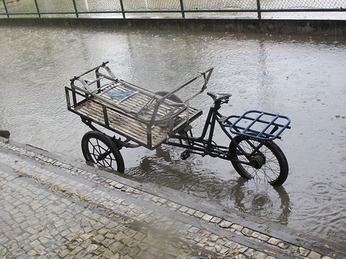 cargo bike in the rain