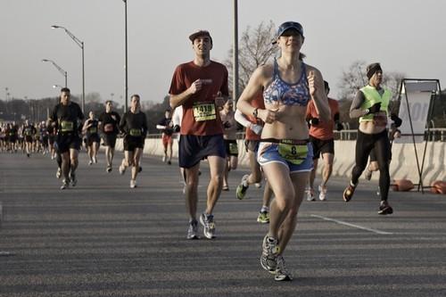 Austin Marathon runners