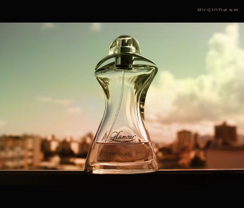 3 réflex y 1 compacta: Perfume
