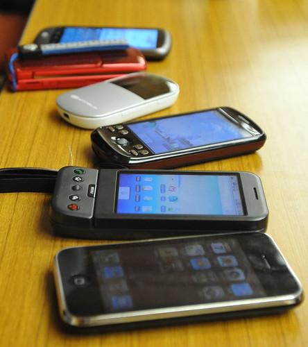 スマートフォンやらガラケーやら